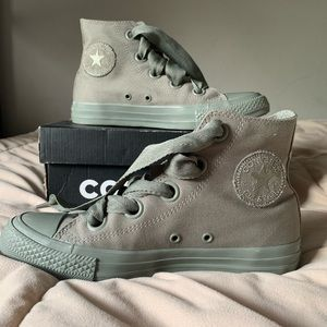 Converse Shoes | Free People (NEVER WORN BEFORE)